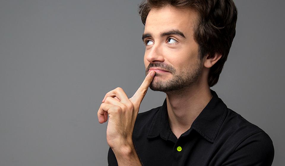 Jean-Michel Martel - Humoriste québécois émergent et animateur, spectacle d'humour et festivals d'humour - ComediHa!