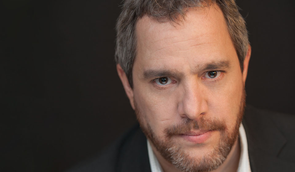 Michel Courtemanche - Improvisateur et comédien québécois avec expérience metteur en scène / réalisateur et conférence - ComediHa!